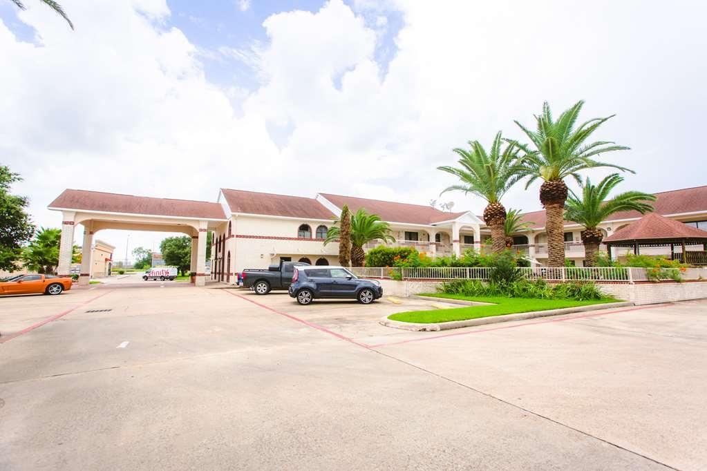 Best Western Pearland Inn - Facciata dell'albergo