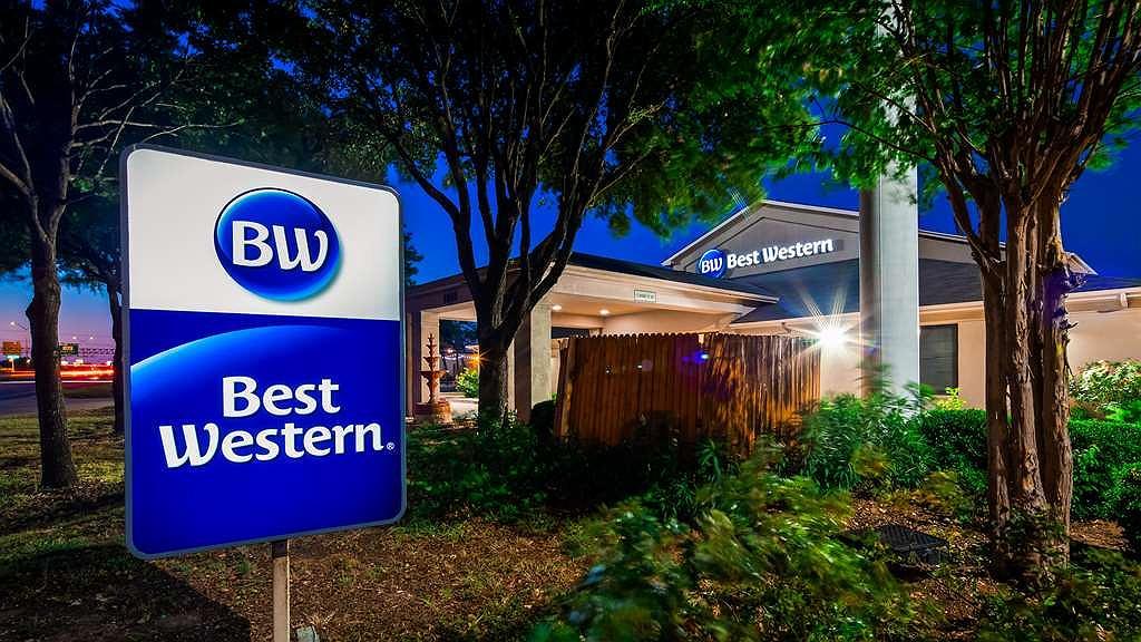 Best Western Round Rock - Facciata dell'albergo
