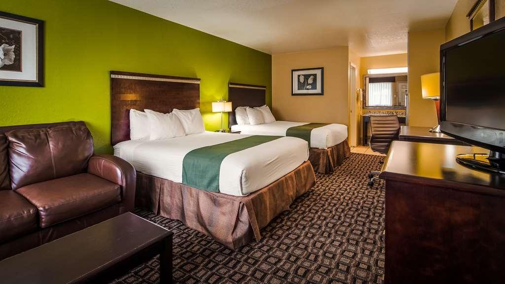 Best Western Floresville Inn - Habitaciones/Alojamientos