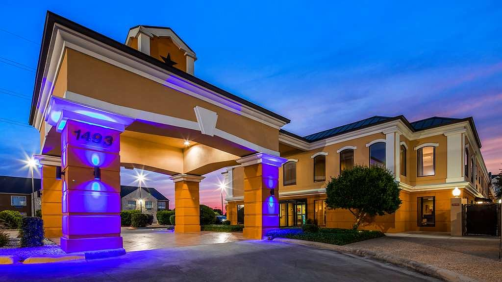 Best Western Inn & Suites - Vue extérieure
