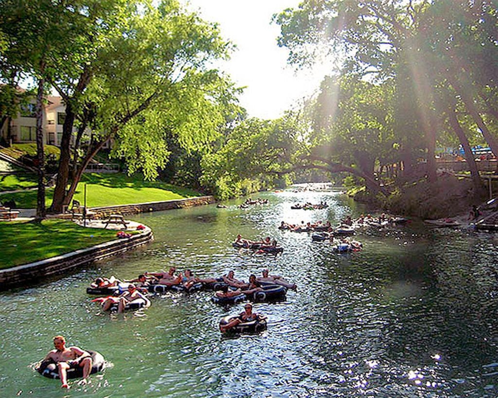 Best Western Inn & Suites - For some family fun, go tubing down the Guadalupe River!