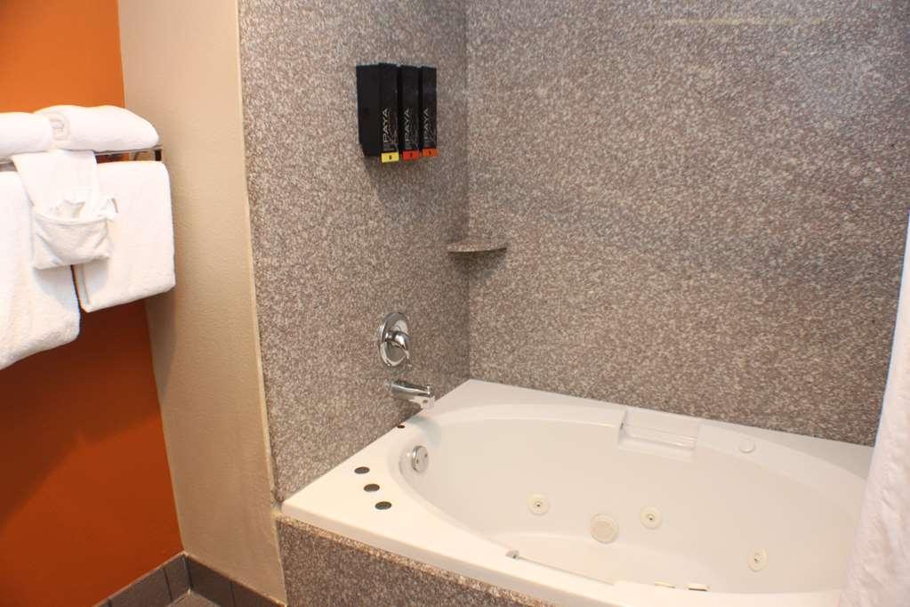 Best Western Inn & Suites - Camere / sistemazione