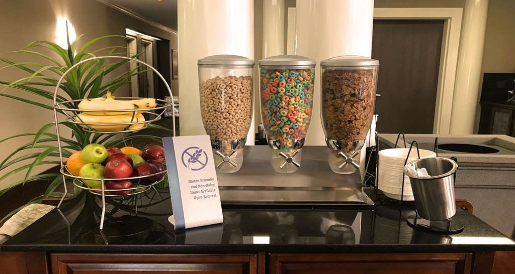 Best Western Inn & Suites - Enjoy a variety of cereals as well as fresh fruits each morning included with our complimentary breakfast buffet.