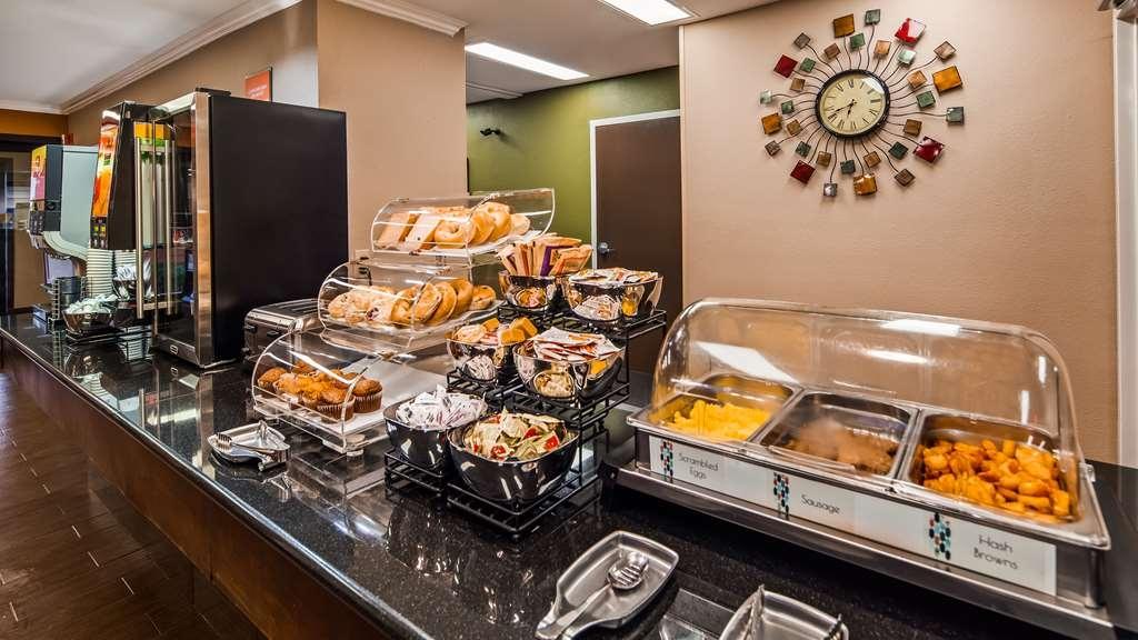 Best Western Inn & Suites - Breakfast Area