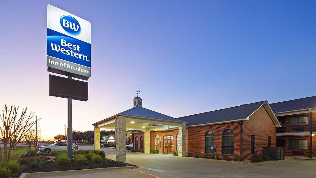 Best Western Inn of Brenham - Vue extérieure