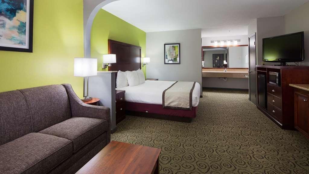 Best Western Deer Park Inn & Suites - Suite