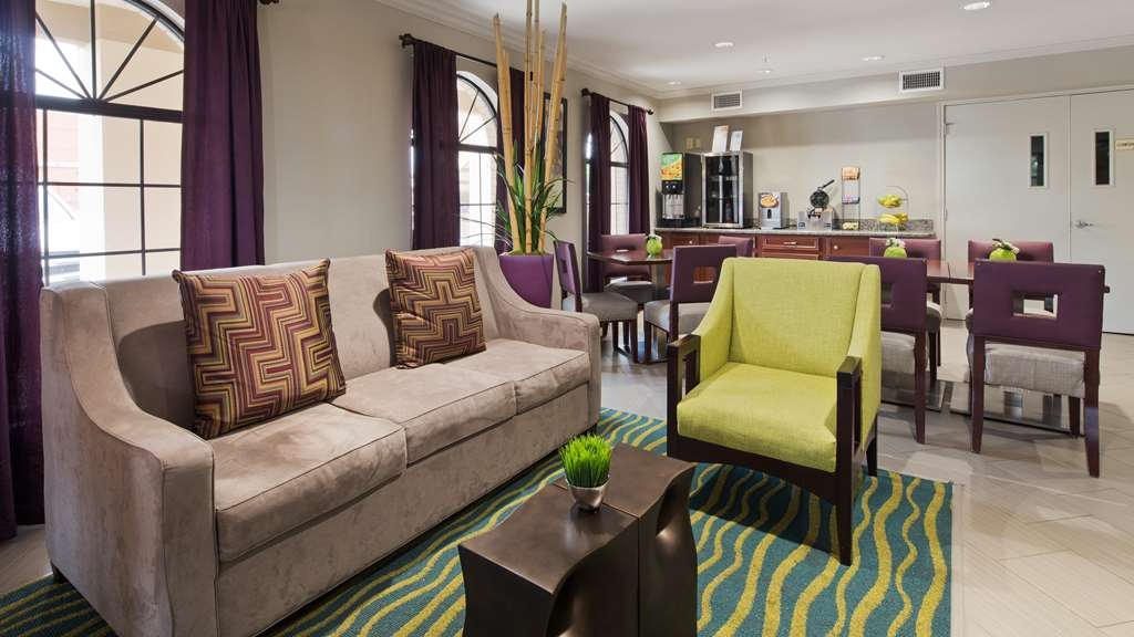 Best Western Deer Park Inn & Suites - Lobbyansicht