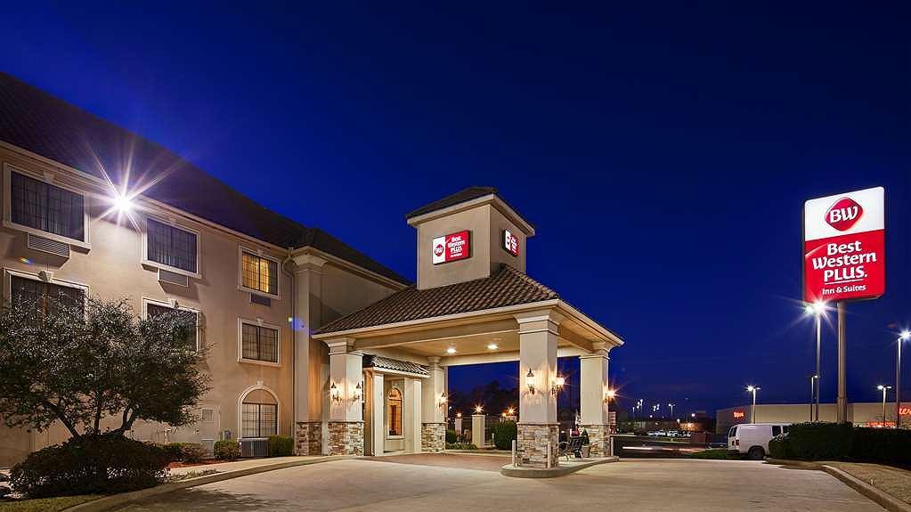 Best Western Plus Southpark Inn & Suites - Aussenansicht