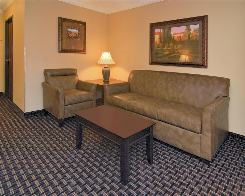 Best Western Plus Southpark Inn & Suites - Camere / sistemazione
