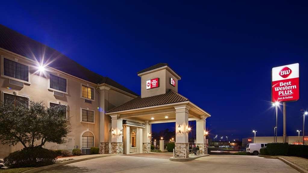 Best Western Plus Southpark Inn & Suites - Façade