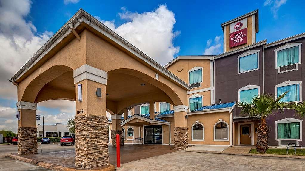 Best Western Plus Heritage Inn - Lobby Entrance