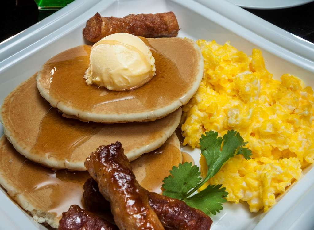 Best Western Plus Lewisville Coppell - Kick-start your morning with a complimentary hot breakfast at the Best Western Plus Lewisville Coppell.