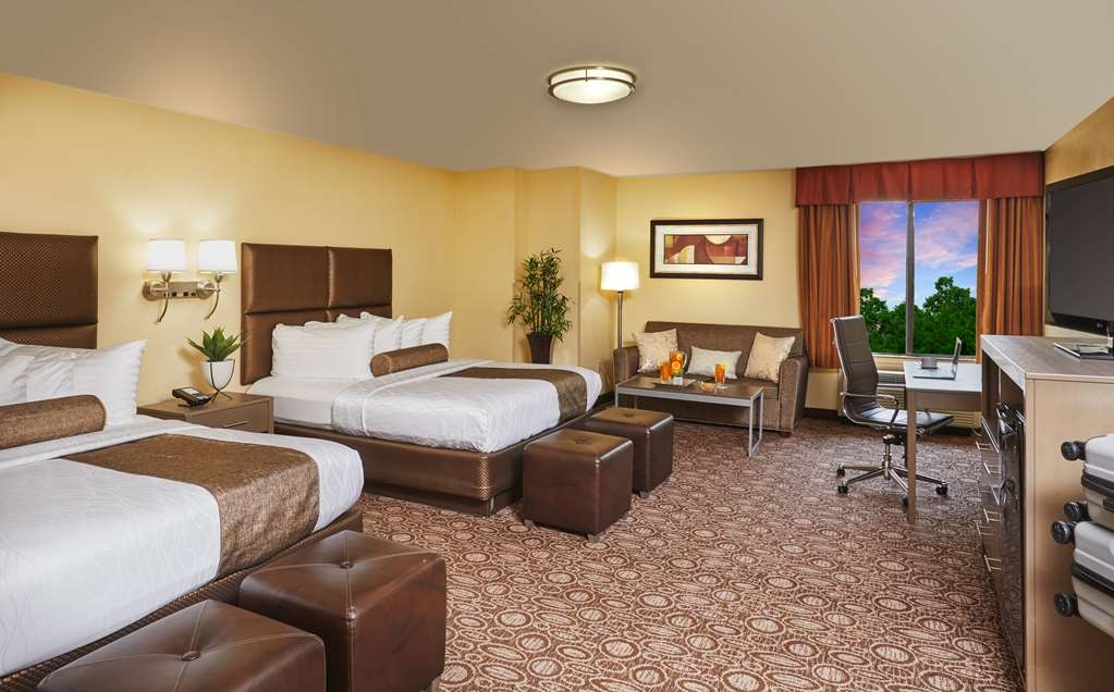 Best Western Plus Lewisville Coppell - Designed for corporate and leisure traveler alike, make a reservation in this Two Queen Room.