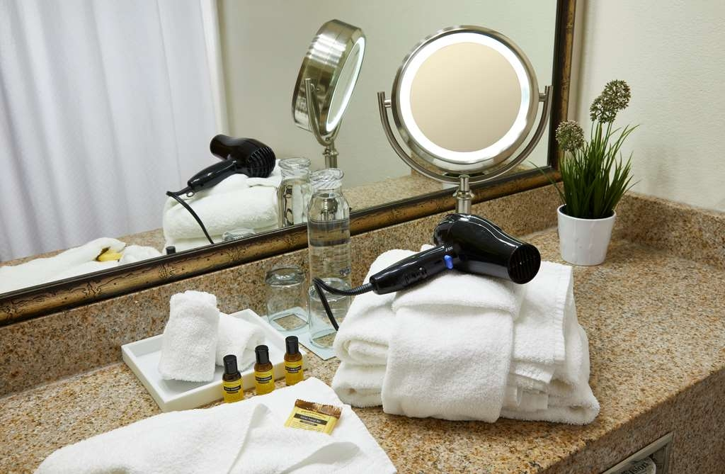 Best Western Plus Lewisville Coppell - Enjoy getting ready for the day in our fully equipped guest bathrooms.