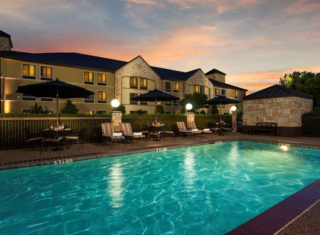 Best Western Plus Lewisville Coppell - Take a refreshing dip or swim some laps in our outdoor pool.