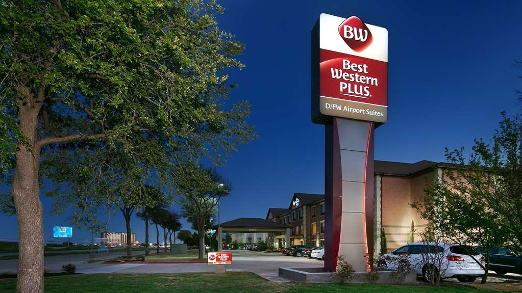 Best Western Plus DFW Airport Suites - Façade