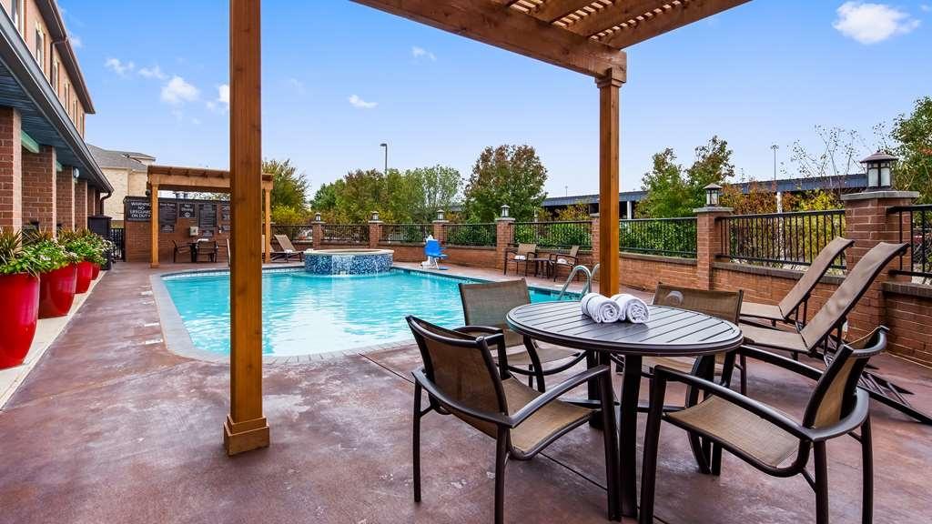 Best Western Plus DFW Airport Suites - Outdoor Pool