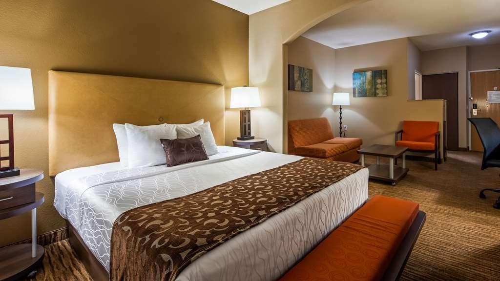 Best Western Plus DFW Airport Suites - King Suite