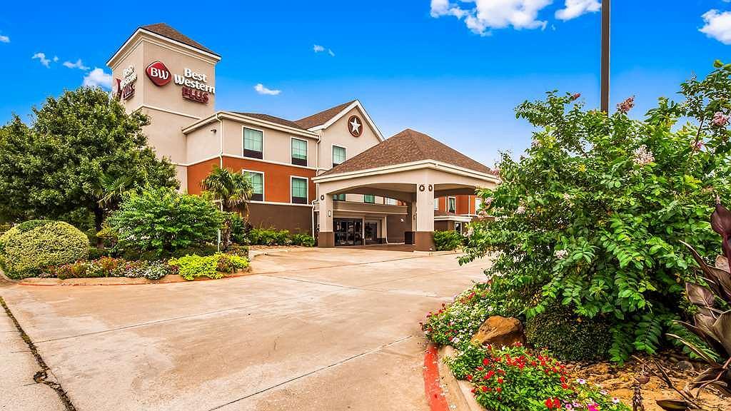 Best Western Plus Denton Inn & Suites - Area esterna