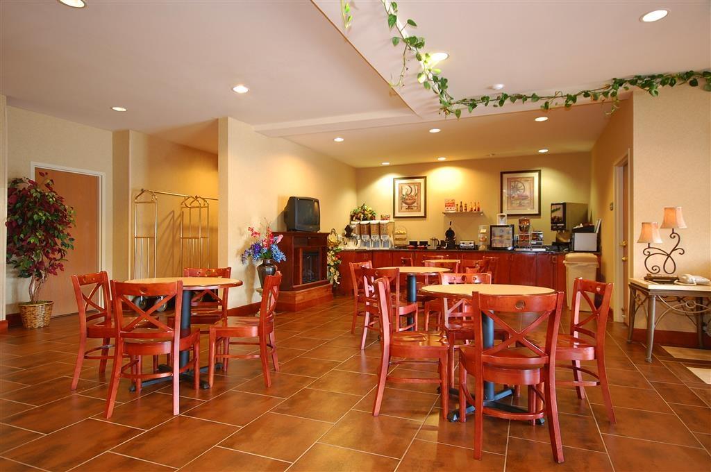 Best Western Plus Denton Inn & Suites - Zona pranzo
