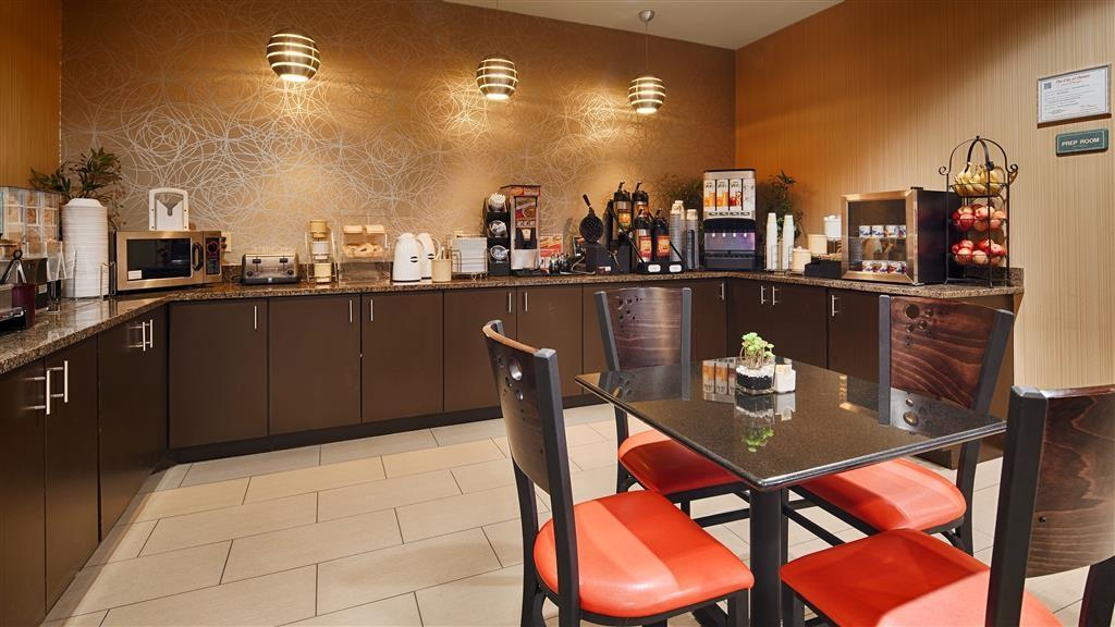 Best Western Plus Denton Inn & Suites - Prima colazione a buffet