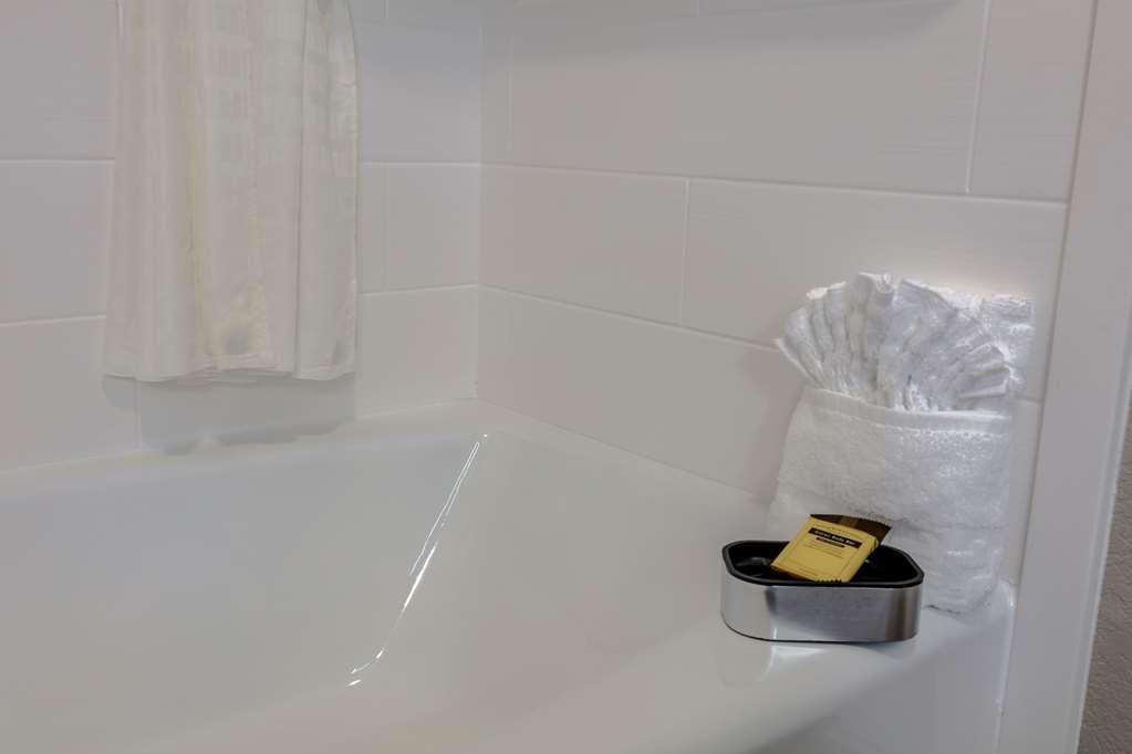 Best Western Plus Denton Inn & Suites - Habitaciones/Alojamientos