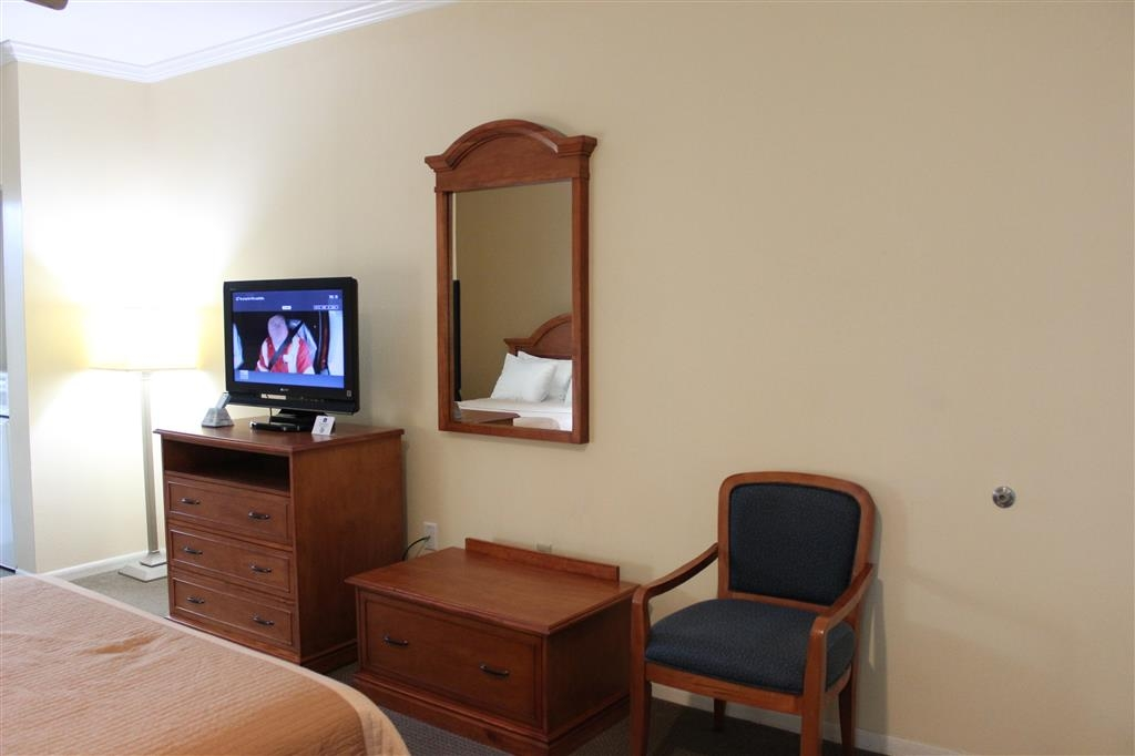 Best Western Inn of Navasota - Queen Room