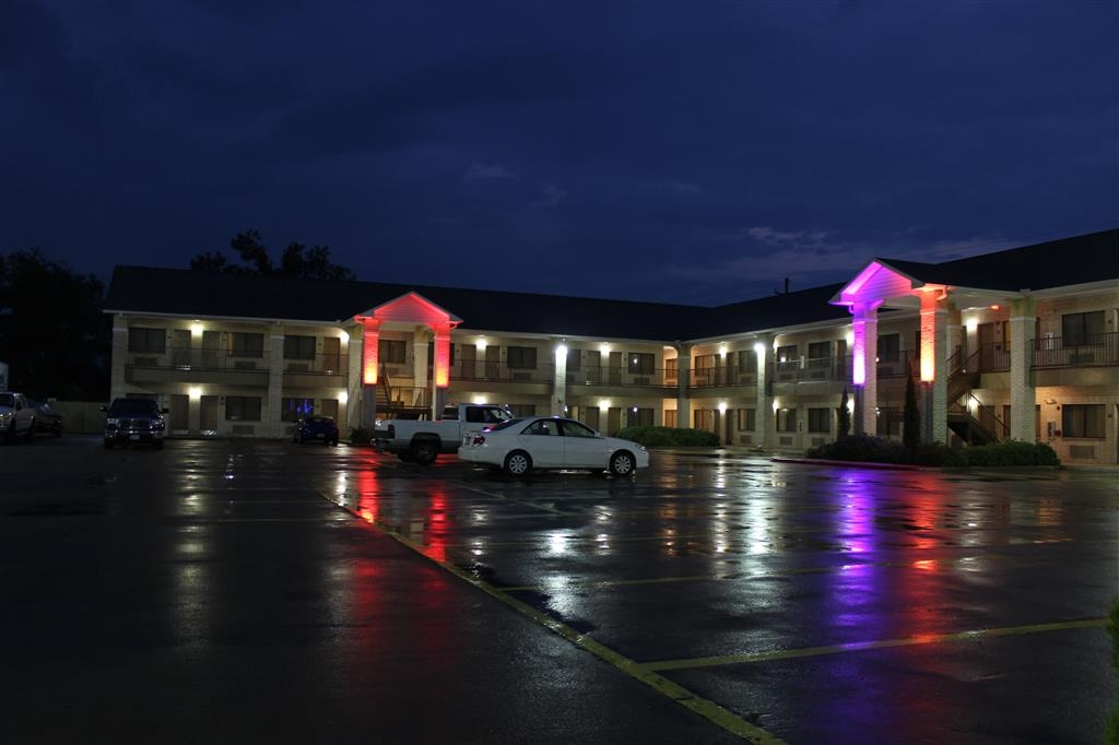 Best Western Inn of Navasota - Vista esterna