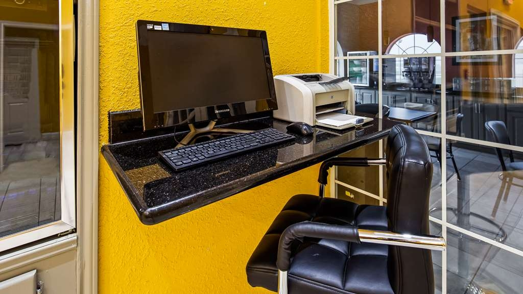 Best Western La Hacienda Inn - Business center