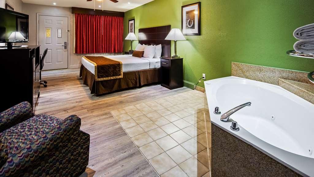 Best Western La Hacienda Inn - Guest room