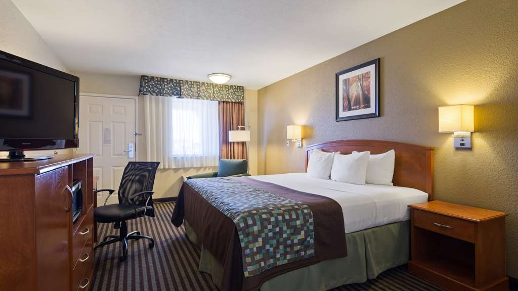 Best Western Windsor Inn - We offer a variety of king rooms from standard to mobility accessible.