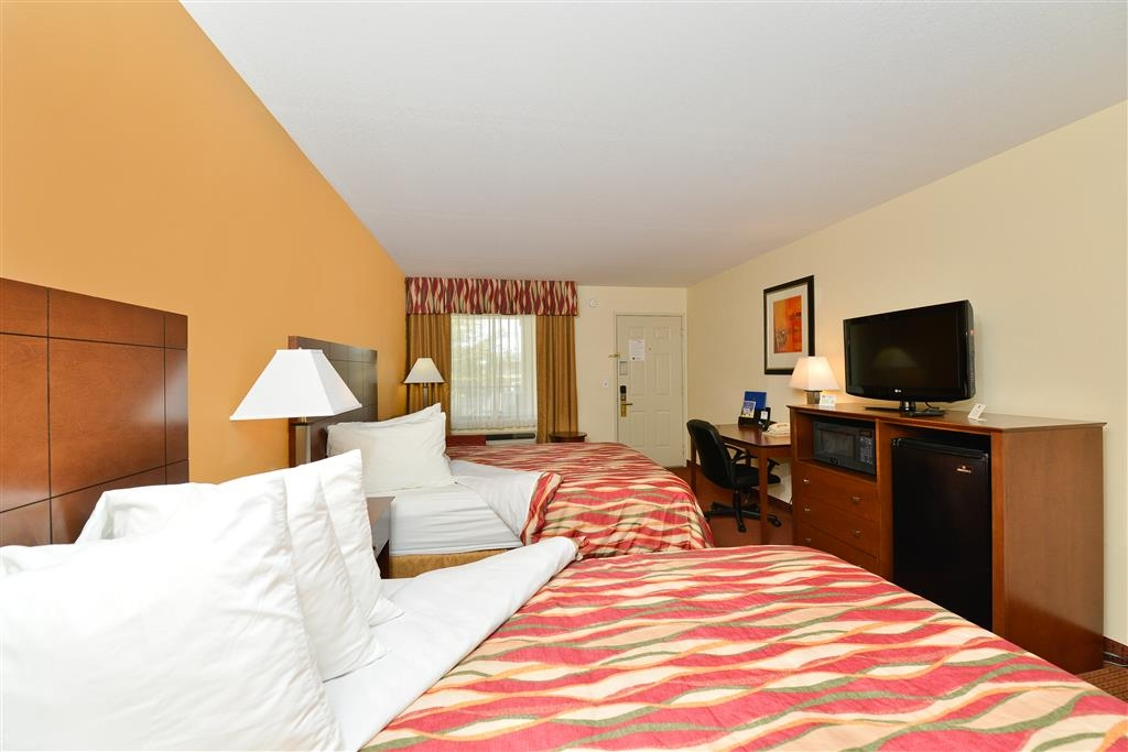 Best Western Snyder Inn - All of our guest rooms feature a microwave and refrigerator.