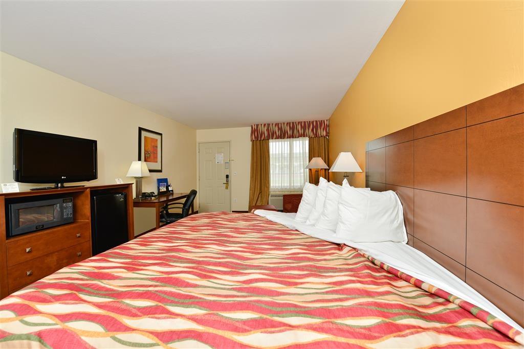Best Western Snyder Inn - We offer a variety of king rooms from standard to mobility accessible.