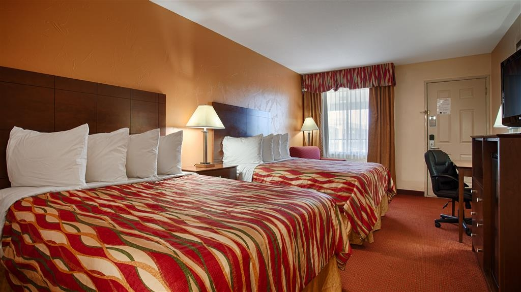 Best Western Snyder Inn - If you're traveling with your family or group of friends, opt for our two queen room.