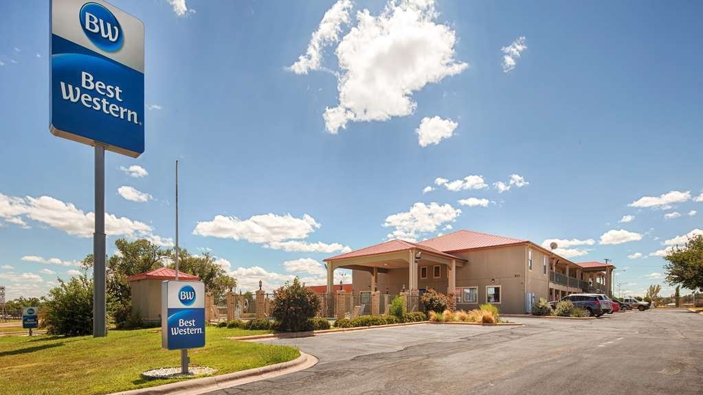 Best Western Snyder Inn - Begin your stay in Snyder at the Best Western Snyder Inn and enjoy an unforgettable visit.