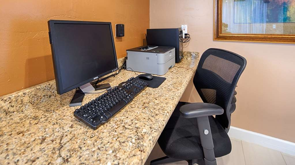 Best Western Snyder Inn - Feel free to check your email in our business center.