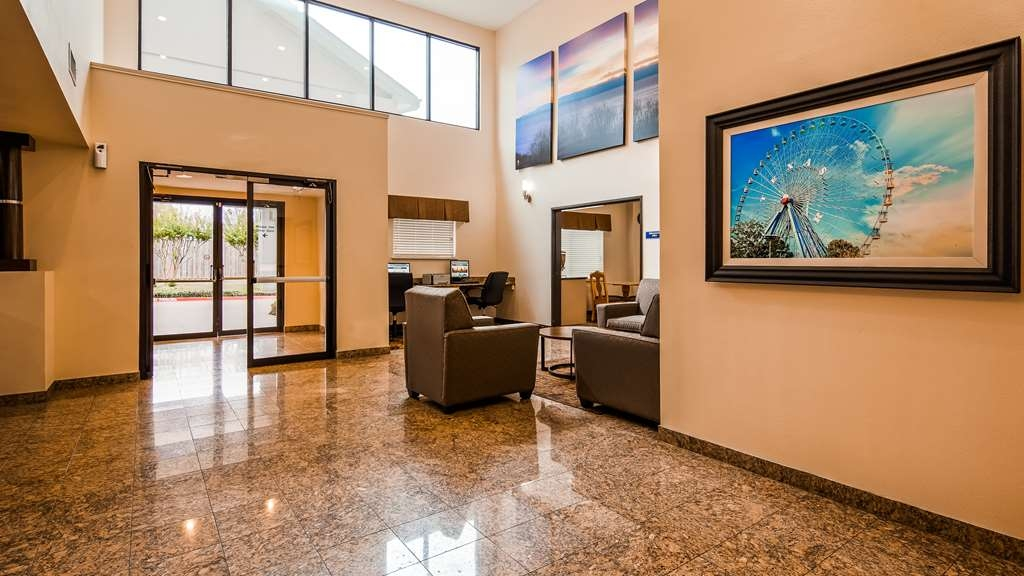Best Western Northwest Inn - Vista del vestíbulo