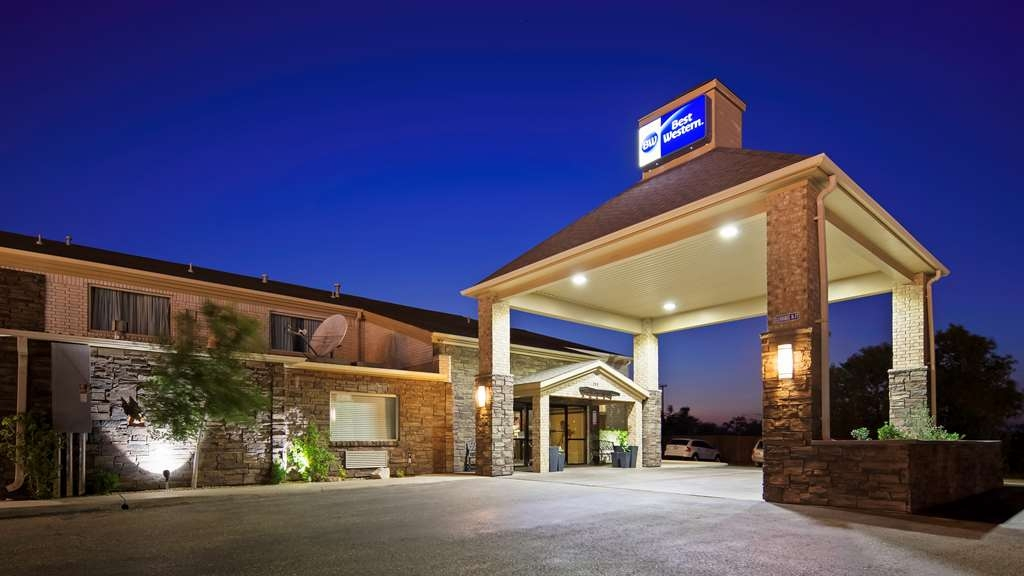 Best Western Borger Inn - Stay close to the city's best attractions at the Best Western Borger Inn.