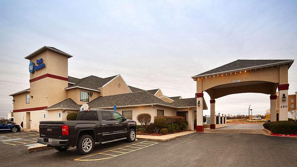 Best Western Abilene Inn & Suites - Vue extérieure