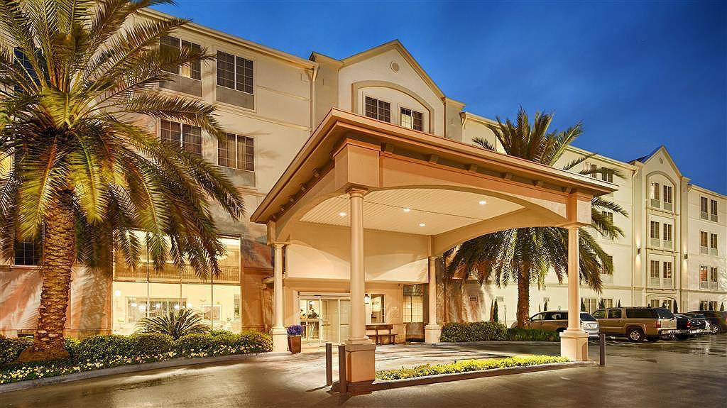 Best Western Plus Downtown Inn & Suites - Außenansicht