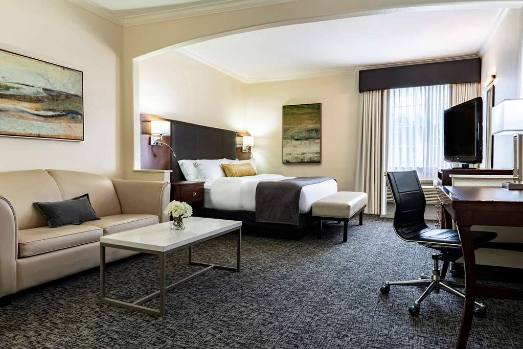Best Western Plus Downtown Inn & Suites - Suite