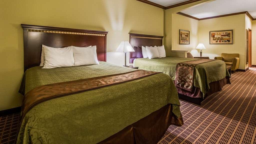Best Western Plus Lake Worth Inn & Suites - Two Queen Guest Room