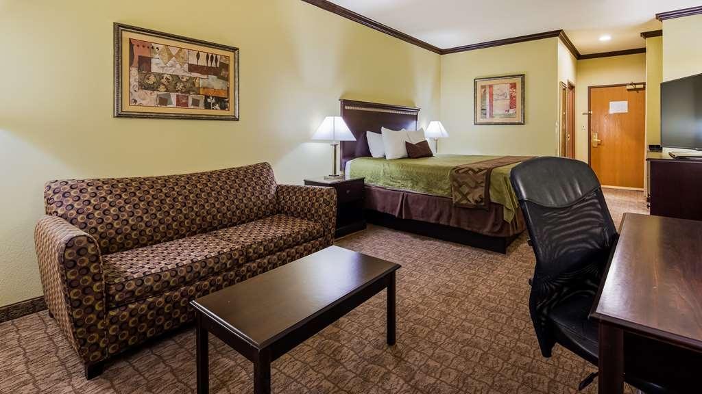 Best Western Plus Lake Worth Inn & Suites - King Guest Room