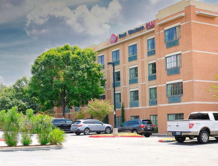 Best Western Plus Sunset Suites-Riverwalk - Welcome to the Best Western Plus Sunset Suites-Riverwalk! We are Centrally located in downtown San Antonio. We approximately one block from the Alamo Dome, two blocks from the convention center, and 3 blocks to the Riverwalk.