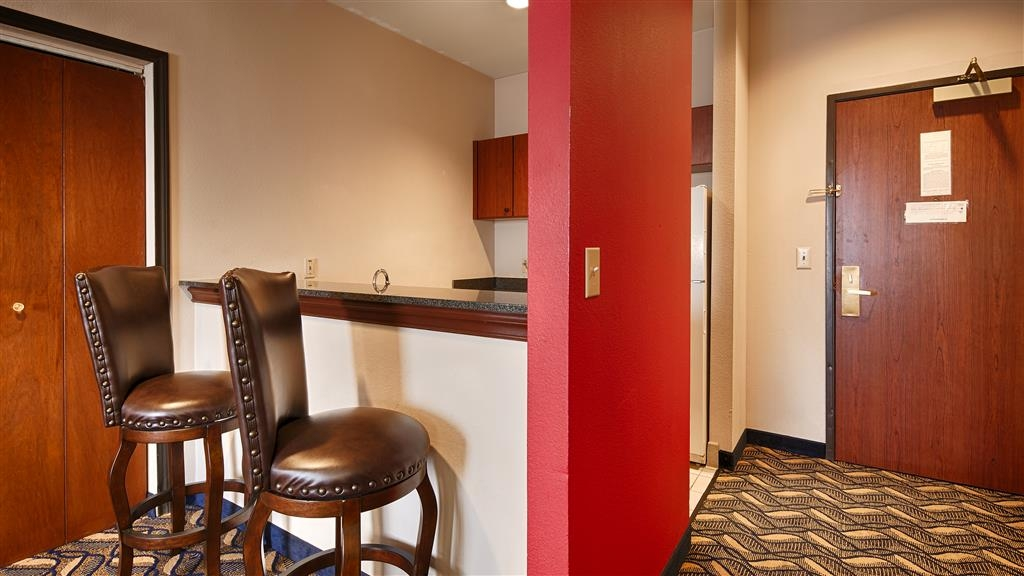 Best Western Plus McKinney Inn & Suites - Suite