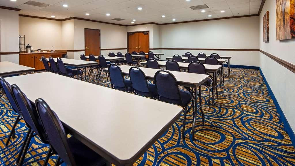 Best Western Plus McKinney Inn & Suites - Salle de réunion