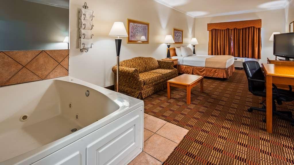 Best Western Club House Inn & Suites - Gästezimmer/ Unterkünfte