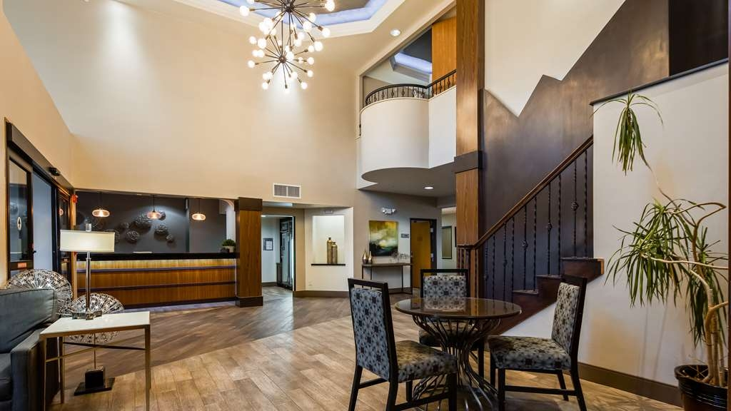 Best Western Plus Hill Country Suites - Hall