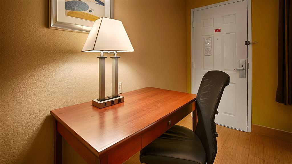 Best Western Paradise Inn - If you're here for business we've got the perfect spot to get your work done.