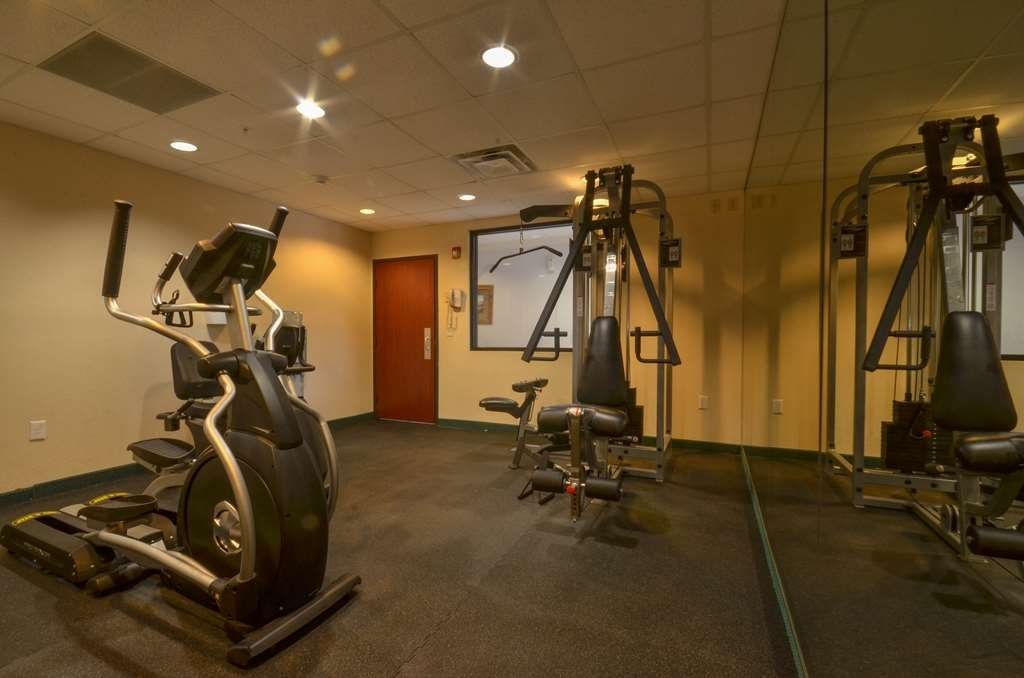 Best Western Galleria Inn & Suites - Stay active in our fitness center with a variety of equipment.